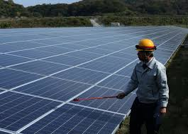 Govt to rope in global firms to set up mfg units for solar cells, batteries, charging infra