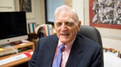 Inventor Of Lithium-Ion Battery Receives Prestigious Award