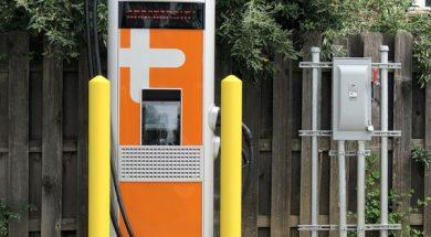 Lakewood puts electric vehicle charging station in Serpentini Winterhurst Arena parking lot