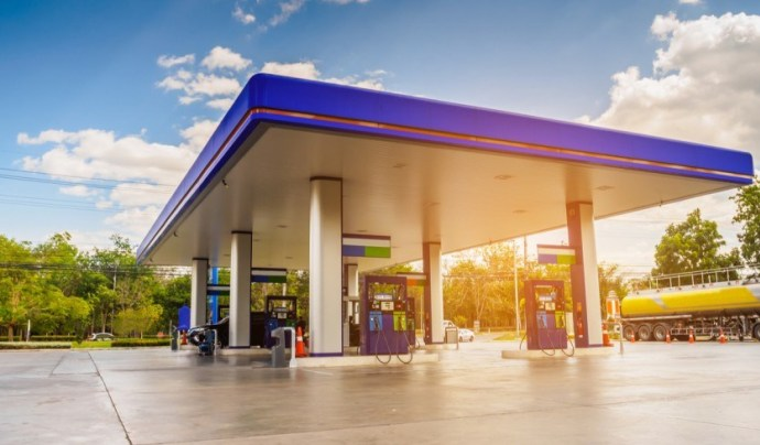 Petrol Bunks May Soon Include Electric Charging Points