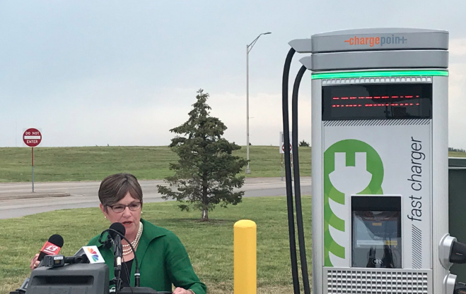 Kansas adds electric car charging at turnpike service areas