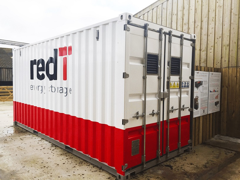Solar-charged vanadium flow machine pre-qualifies for UK's frequency response market