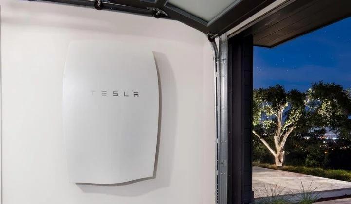 Tesla Sets Record for EV Deliveries, but Losses and Solar Shrinkage Endure