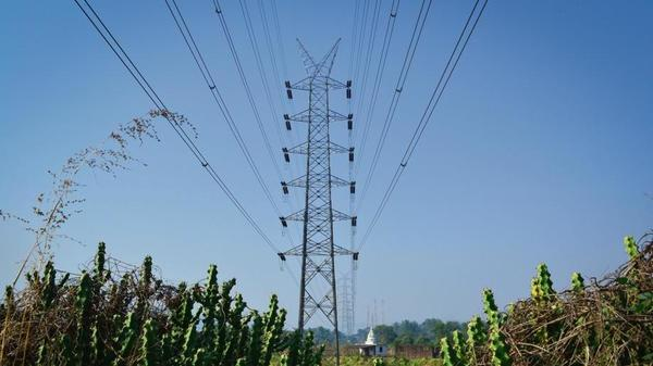 Discoms' altering PPAs is bad move for power sector, says ICRA