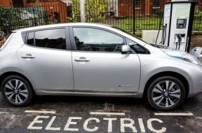 Wireless electric car charging gets cash boost