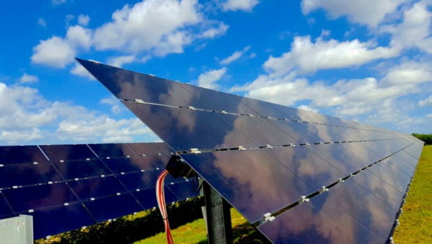 Indian Renewable Energy Companies Continue To Face Financial Challenges