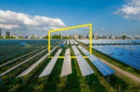 ey-solar-panels-park-modern-city-static.jpg.rendition.690.460