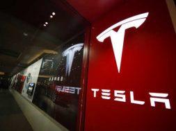 Amazon joins Walmart in blaming Tesla solar panels for fires