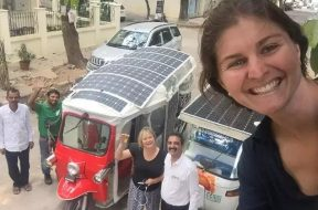 Aussie-Brit duo in tuk-tuk champion low-carbon future on Bengaluru roads