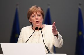 Germany's Merkel to stick to 'black zero' budget