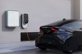 Greater Noida gets its first electric car charging station