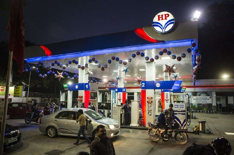 HPCL plans rapid vehicle-battery swap program