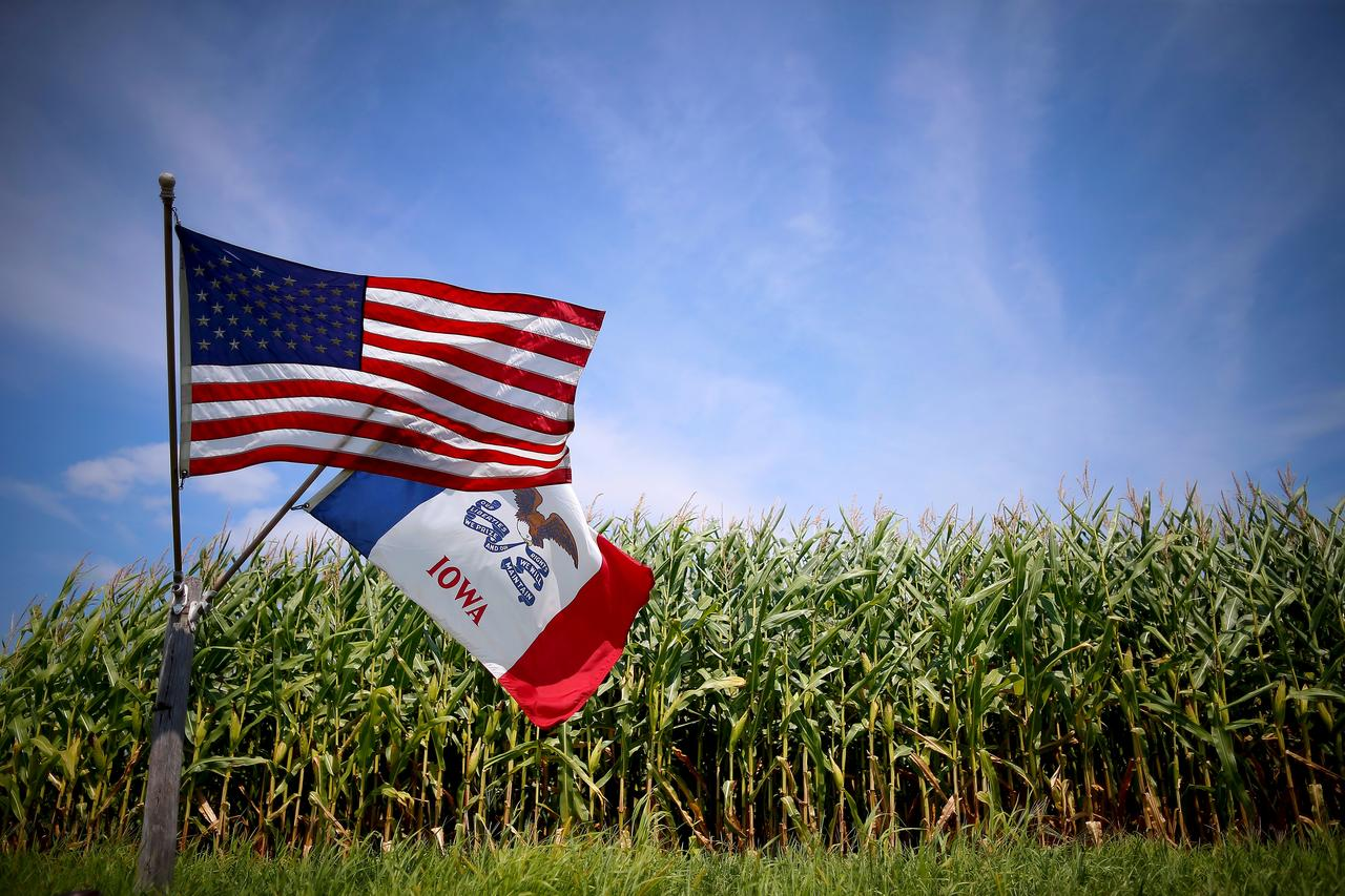 Trump White House seeks to assuage farmer unrest over biofuel policy: sources