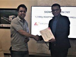 (L-R) Mr. Ashish Mangal, Managing Director, Dynamic Cables & Mr. Raghav Mittal, Co-founder & CEO, SunAlpha Energy