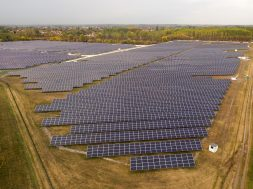 5,6 MWp Photon Energy Solar PV Power Plant in Monor