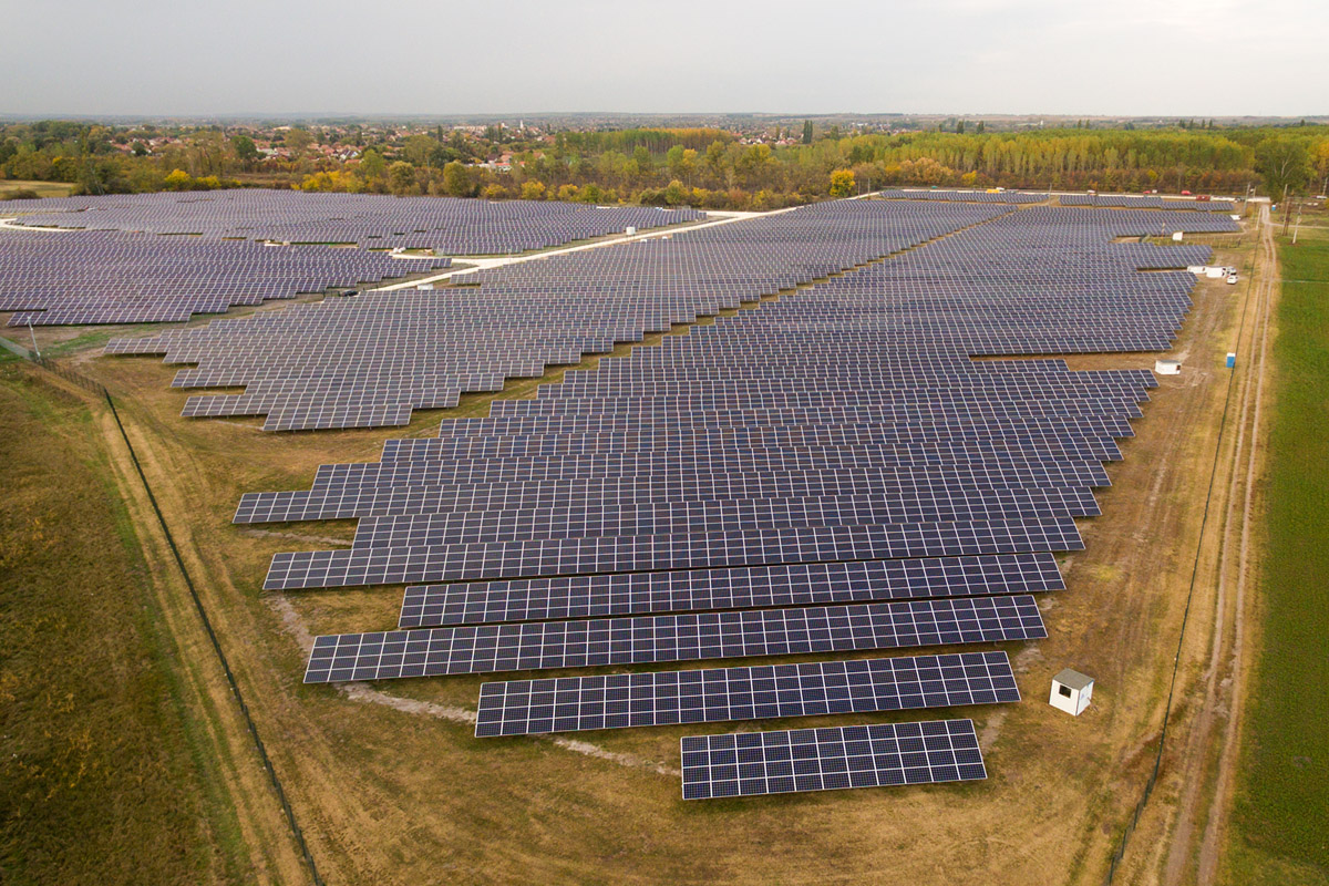 Photon Energy Commissions Eight PV Power Plants with 5.6 MWp in Hungary