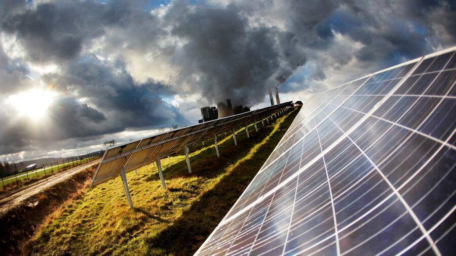 Germany Trade & Invest: Germany's Largest Solar Energy Park Needs No State Subsidies