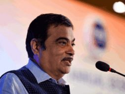 India should not miss the bus for local manufacturing of EVs- Nitin Gadkari
