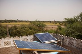 Rural Pakistanis Use Of Solar as Power Cuts Deepen