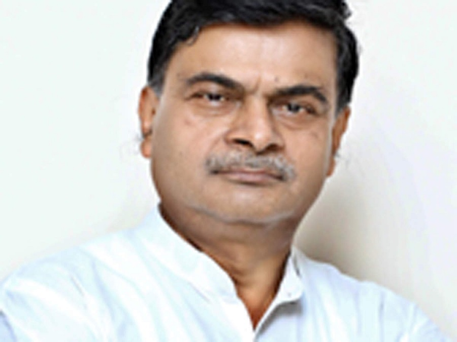 R K Singh directs states to clear dues of power generating companies
