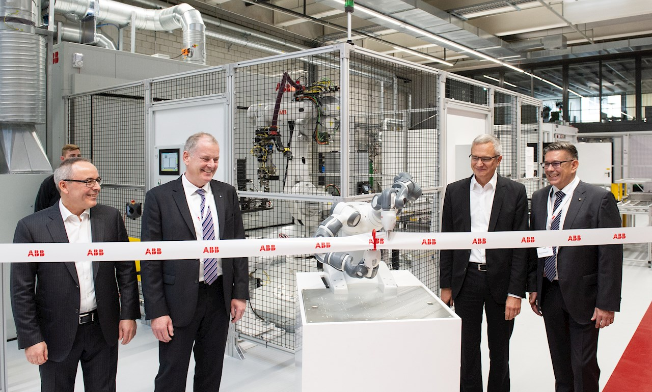 ABB opens new plant for battery systems for mobility applications in Baden