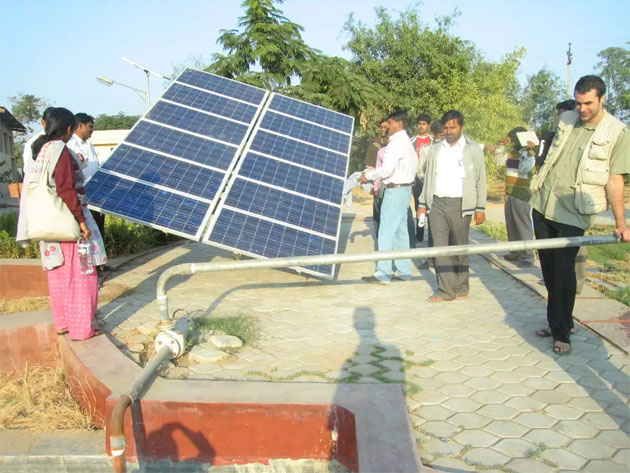 Fast-forward solar powered pump-sets nationally