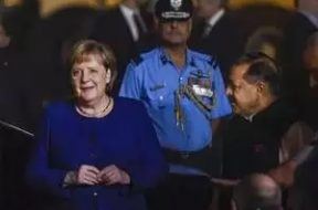 Merkel visits Delhi metro station, fitted with Germany-funded solar panel