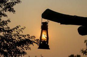 Army distributes solar lanterns in Rajouri's Kheta Basha village-1
