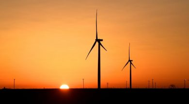 Disappointment for clean energy firms at U.S. spending bill-1