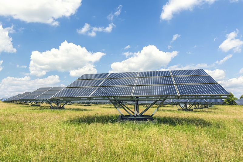 Good, but not good enough: Solar energy growth in light of the Paris Agreement