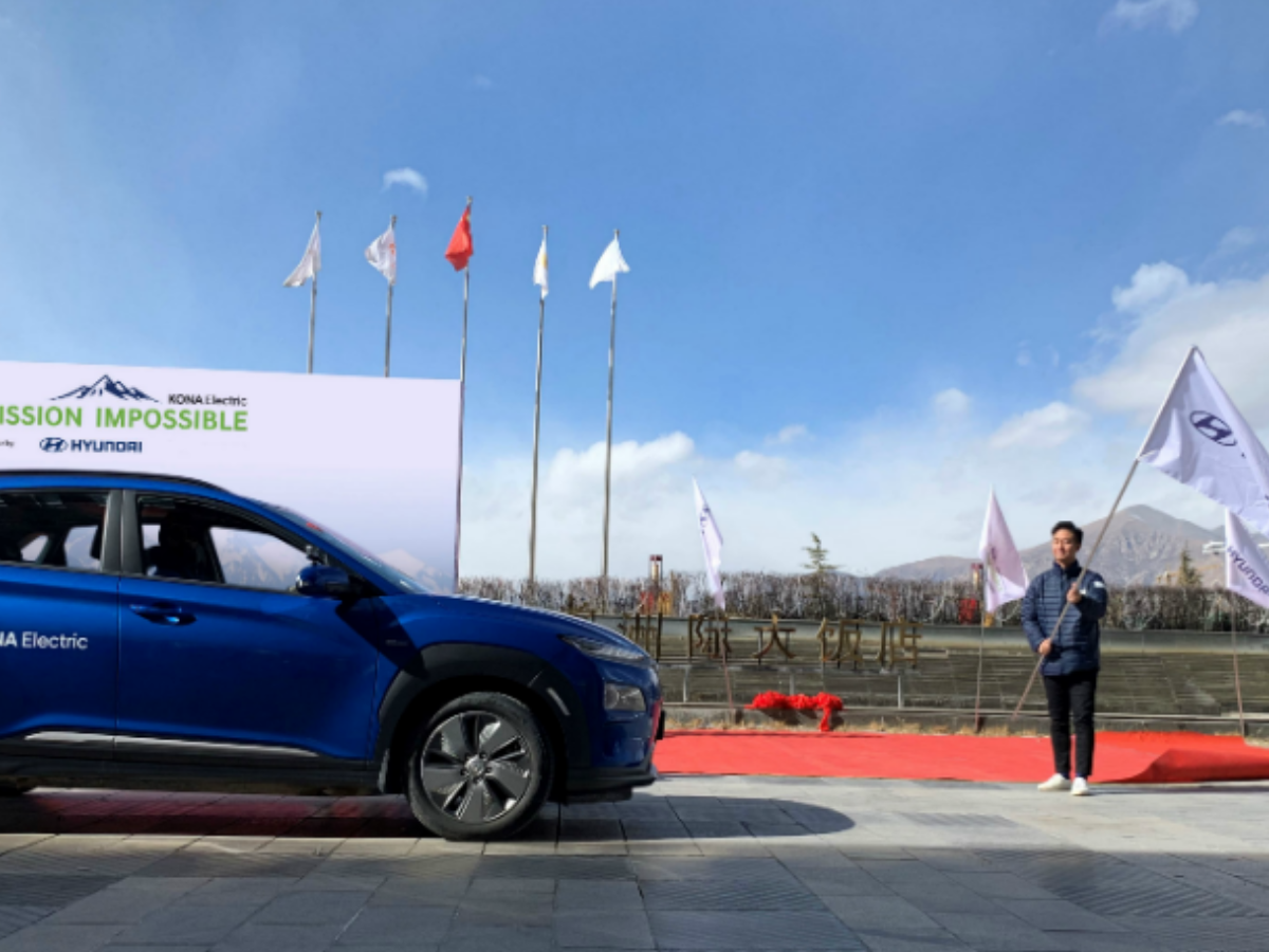 Hyundai Kona Will Cover 700 Km At 17,000 Feet To Be The First Electric Car To Reach Mt Everest Base Camp