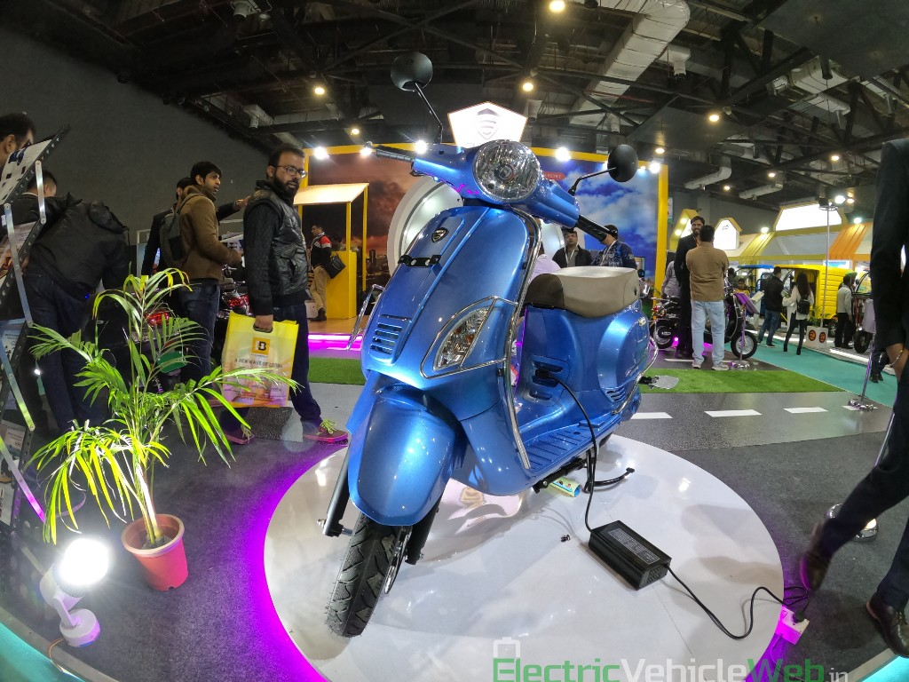 Images of the Benling Aura from the EV Expo 2019
