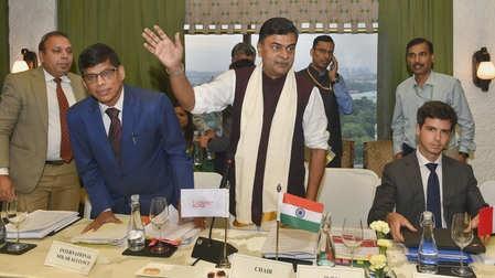 No power crisis in India: R K Singh