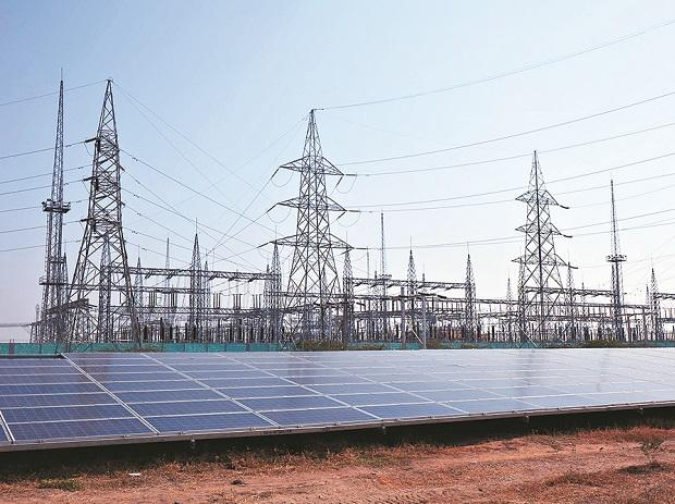Rajasthan levies Rs 2-5 lakh cess on solar projects, registration fee up 5x