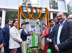 Ribbon cutting ceremony by Smt. Smt. Sunita Kangra, Mayor, South Delhi Municipal Corporation and Smt. Shikha Rai, Counselor of the area