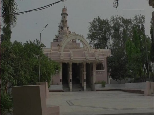 Temple in Gujarat switches to solar power, uses saved money to fund college