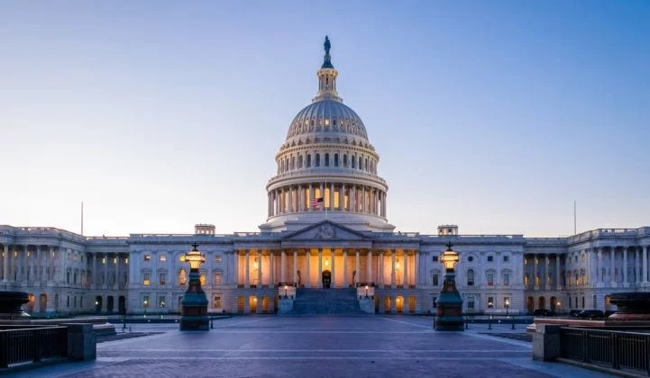 US Lawmakers Stiff Solar, Wind Gets Modest Victory in Tax Deal