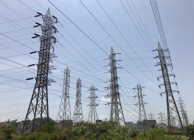 Petition – For issuance of appropriate direction to Power Grid Corporation of India for payment of amount to be refunded after deduction of relinquishment charges
