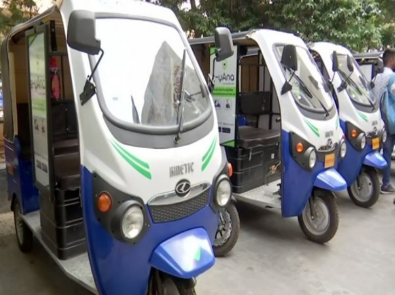 'e-yAna' taxi service introduced in Hyderabad to reduce carbon footprints