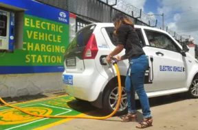 Auto industry yet to submit study to Niti Aayog on EV transition