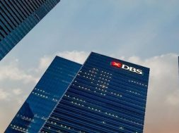 DBS converts $758m bank guarantee facility into green facility
