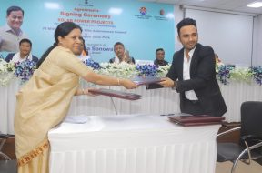 Atul Gupta, Assistant Vice President – IPP Business , Jakson Group at the signing ceremony