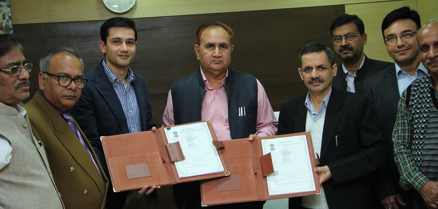 IGNOU Goes Green; Signs MOU with HFM Solar Power