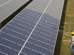 India's renewable energy industry can improve electric supply quality, but it faces four challenges
