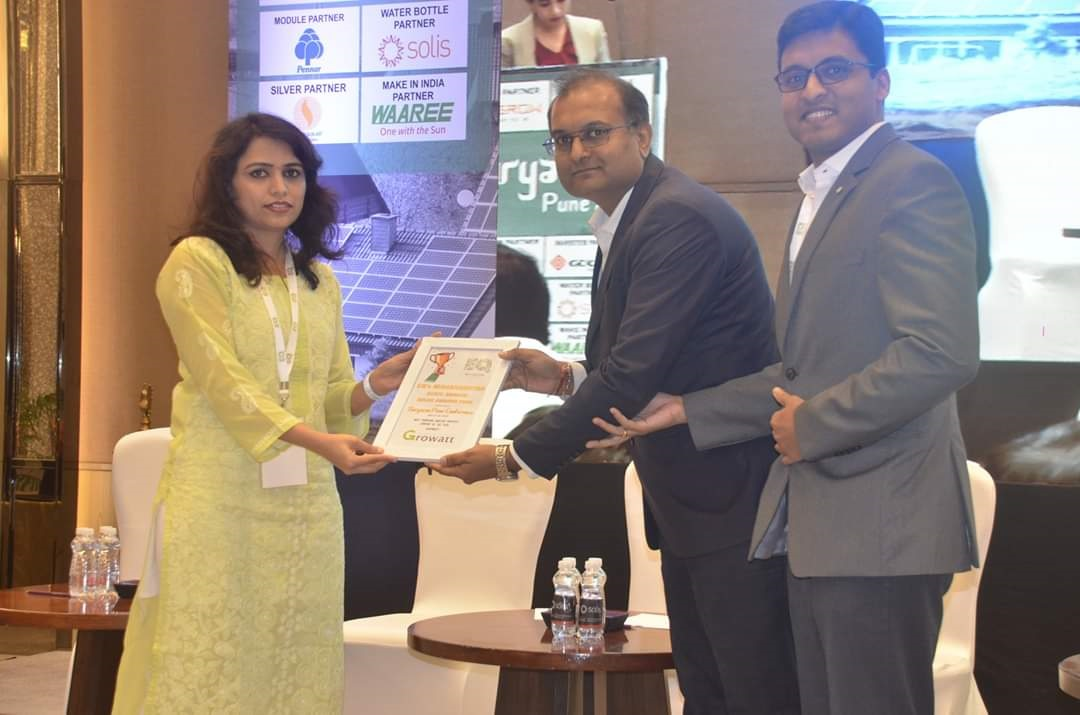 Growatt received The Most Promising Rooftop Inverter Company of the Year award