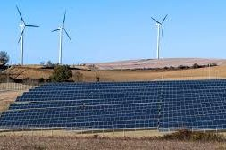 AleaSoft collaborates in the development of renewable solar and wind energies in India