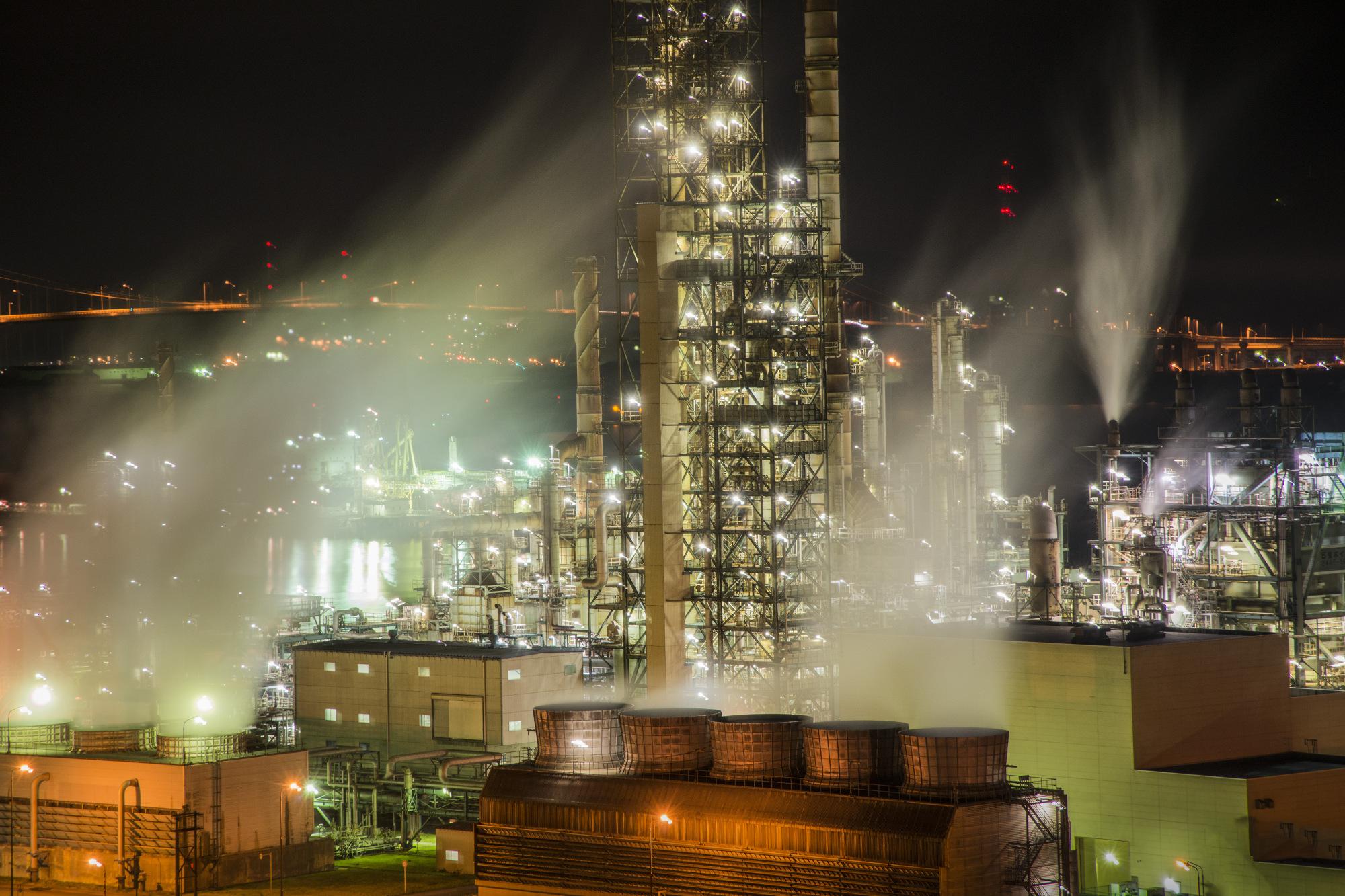 Japan Revises Down Emission Figures Cut by Renewables, Nuclear
