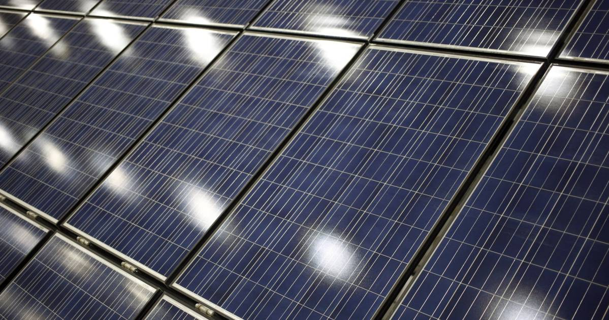 KKR-Backed IndiGrid Seeks Almost $800 Million in Solar Assets