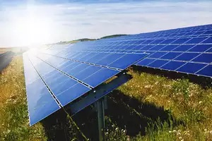 Singapore considers solar energy imports to cut emissions