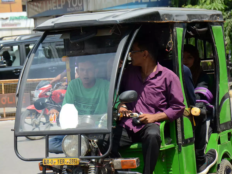 Govt invites suggestion for amending MV rules related to emission standards of e-rickshaws